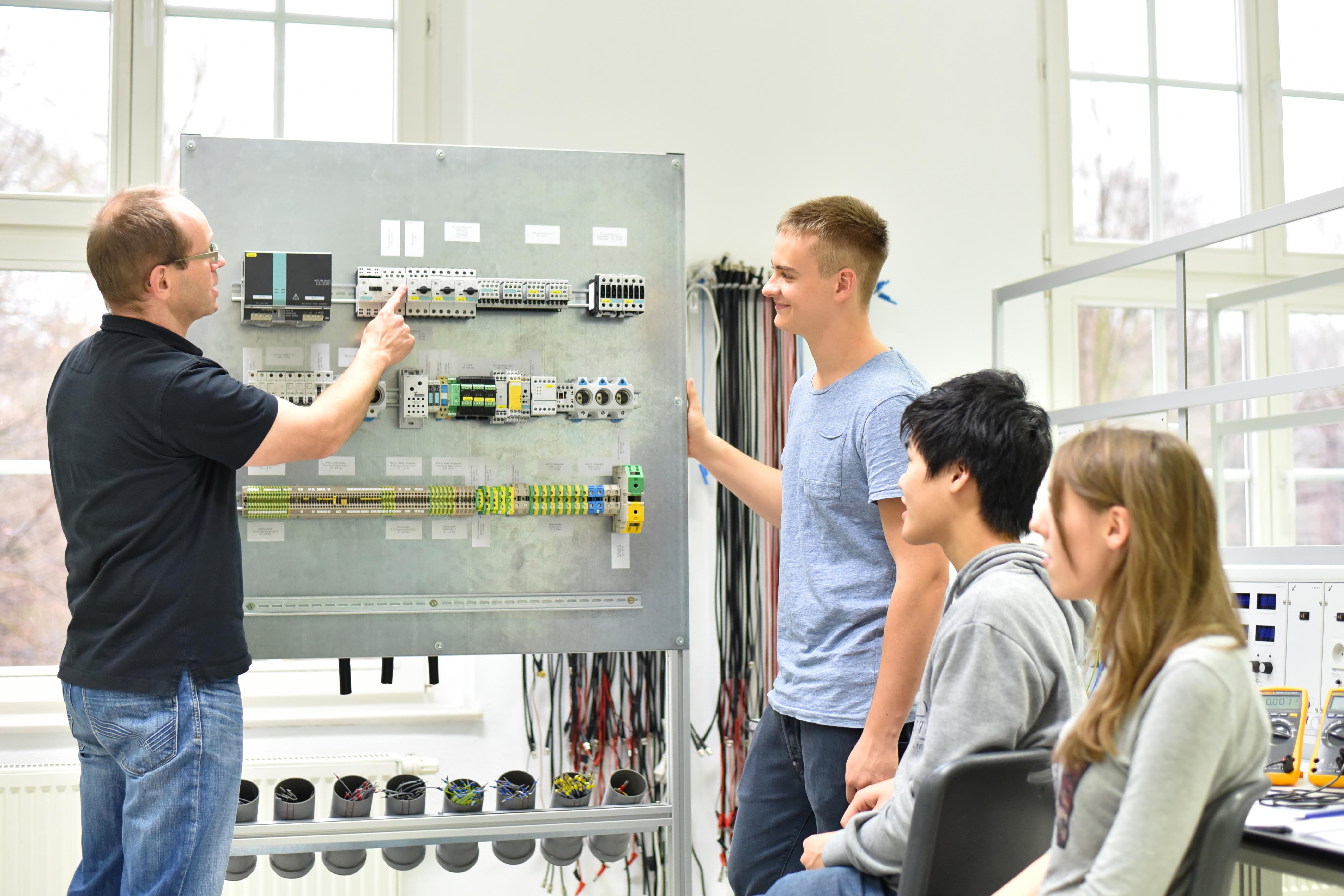 Manufacturing Workforce Training